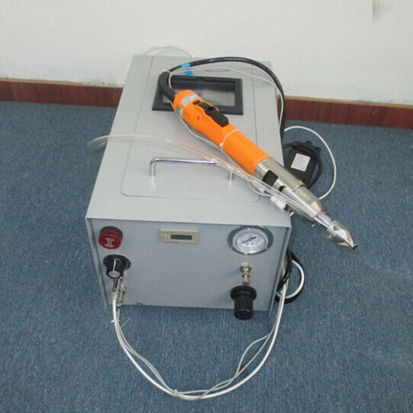 Hand-held screwdriver WPM-801